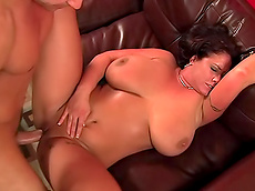 Eva Notty, Daniel Hunter - brunette, shaved pussy, chubby, titjob, balls sucking, facial, hardcore, HD